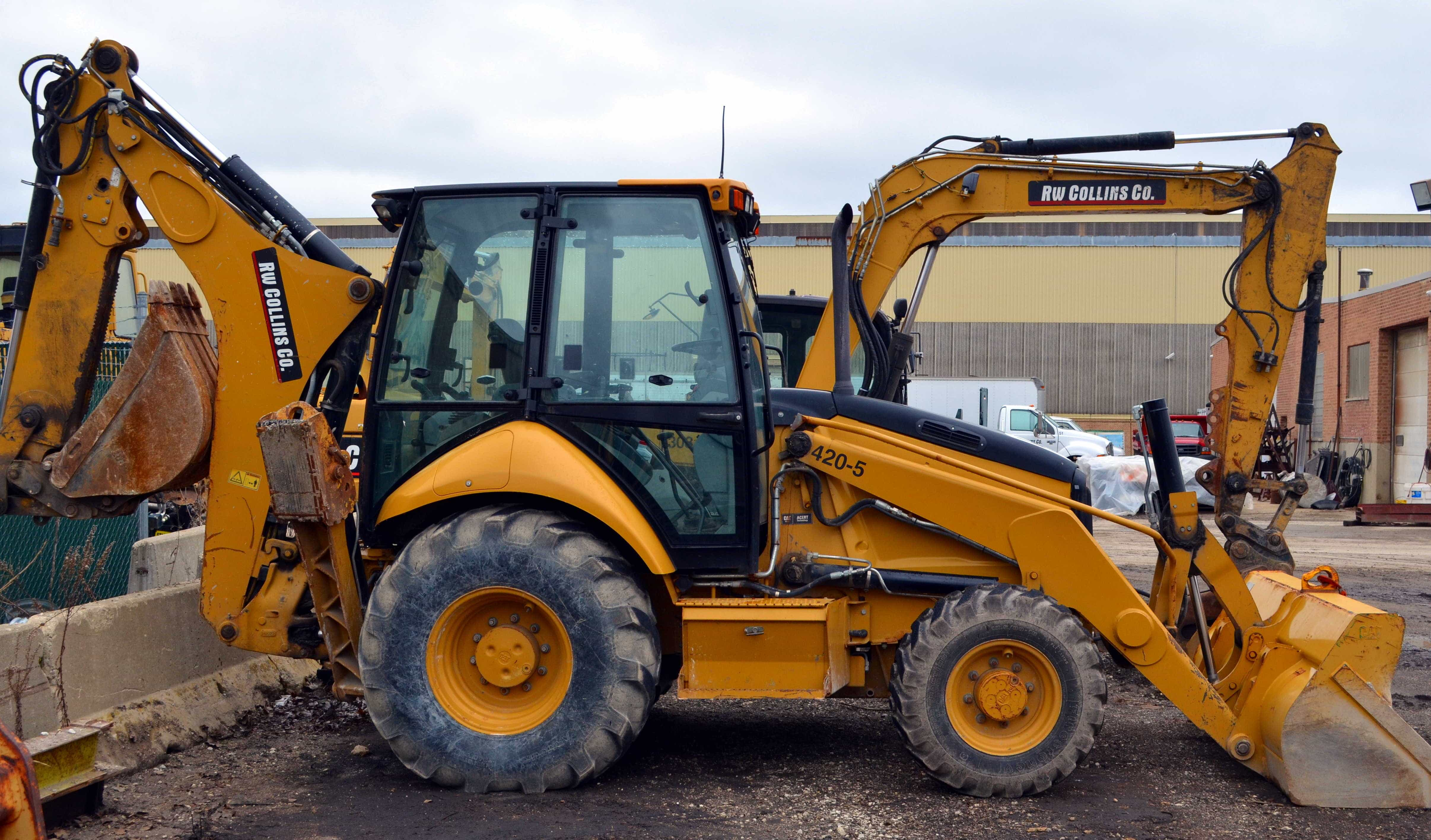 Backhoe/Loaders